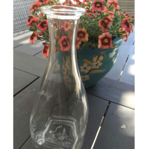 wine-carafe-crop